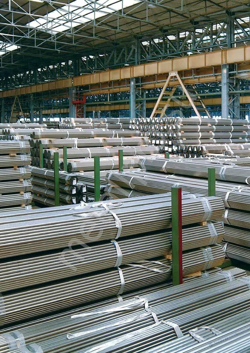 производственный склад нержавеющих труб